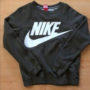 Nike crew neck sweater in olive green